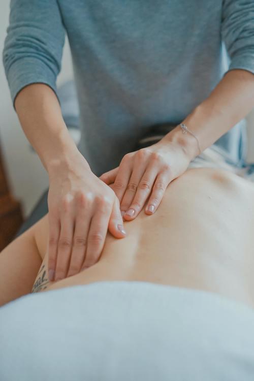 Naprapati – Den manuella sjukvårdande terapin